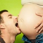 Lustige Babybauch Fotos