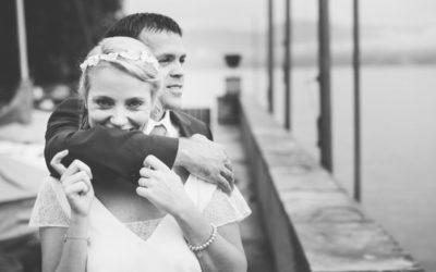 Hochzeit im Gewächshaus. Corina und Remo sagen Ja.