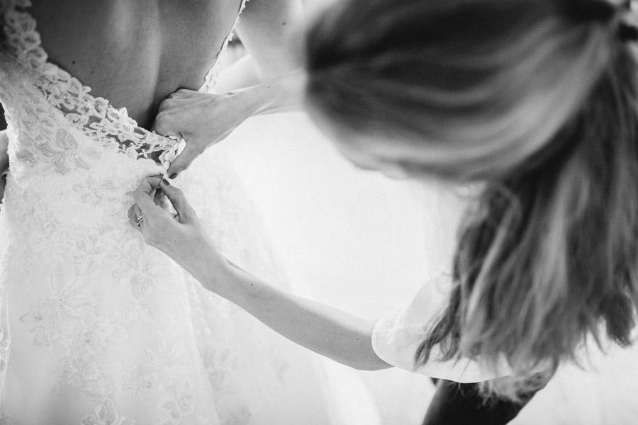 Hochzeitskleid Getting Ready