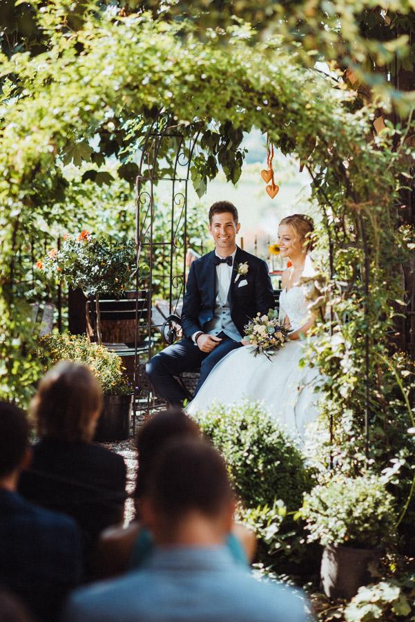 Brautpaar bei freier Trauung