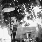 Musikerin bei Hochzeit
