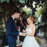 Ringübergabe bei freier Zeremonie
