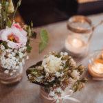 Hochzeit Blumen und Kerzen