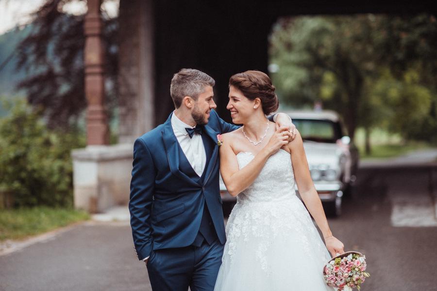 Hochzeitsfotos mit Oldtimer