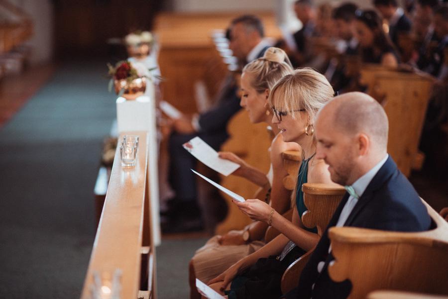 singende Gäste bei Hochzeit